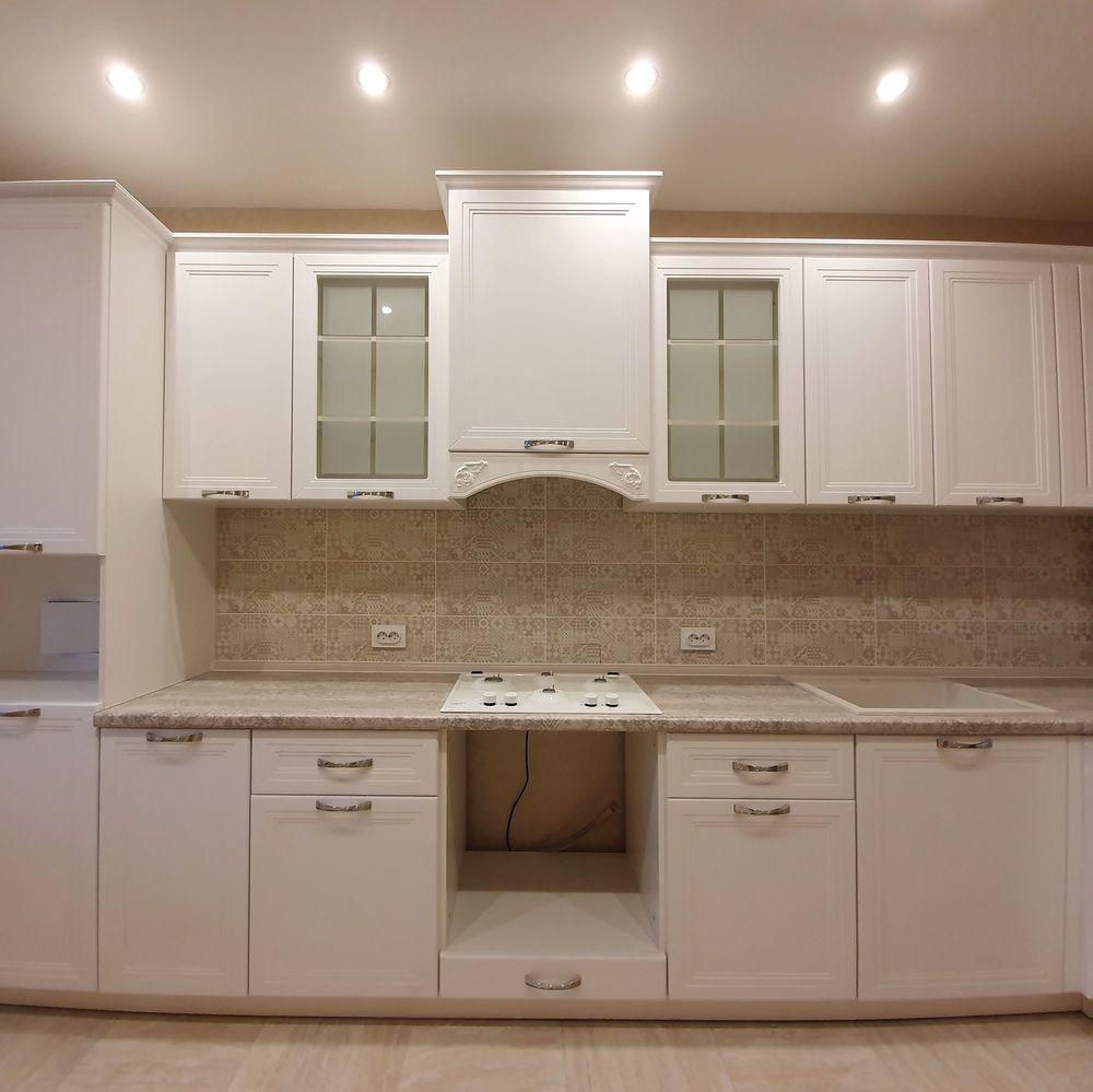 Белый кухонный гарнитур-Кухня МДФ в эмали «Модель 538»-фото2