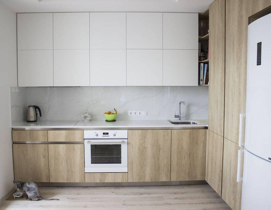 Белый кухонный гарнитур-Кухня из пластика «Модель 649»-фото1
