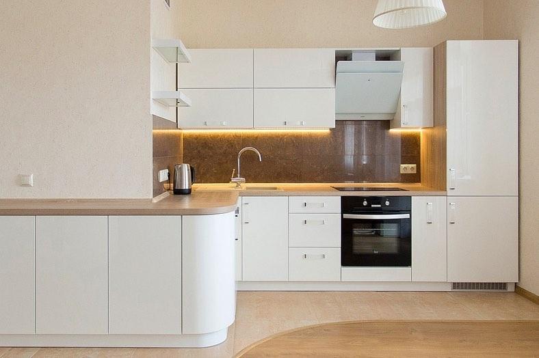 Белый кухонный гарнитур-Кухня МДФ в эмали «Модель 619»-фото2
